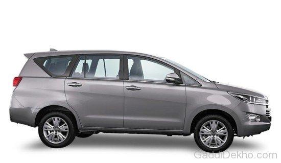 Sewa Kereta Hyundai Starex (Auto)